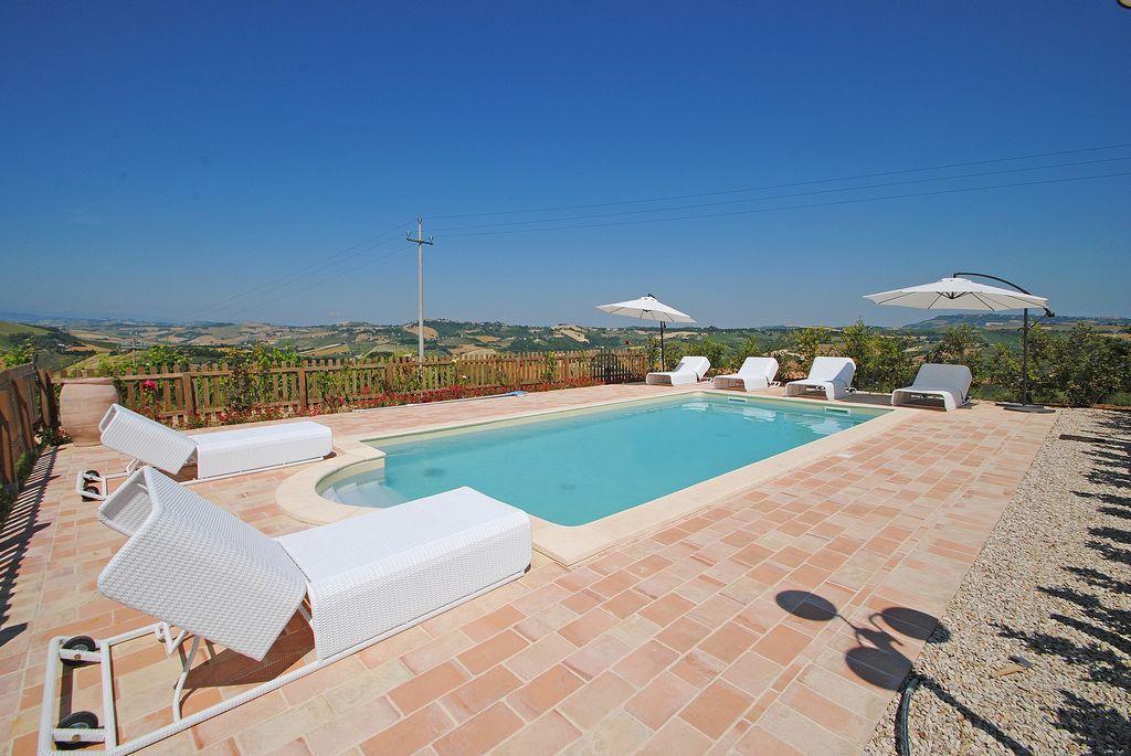 Agriturismo Resort Colle Del Giglio Marche Ascoli